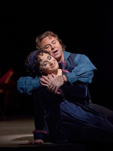 "Patricia Racette as Tosca and Roberto Alagna as Cavaradossi in a scene from Act I of Puccini's ""Tosca.""  Photo: Ken Howard/Metropolitan Opera"