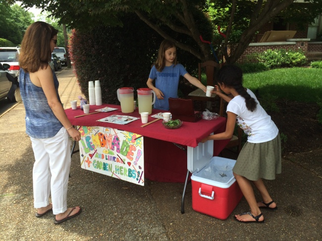 Lia & Layla sell Lemonade to benefit the Met Opera