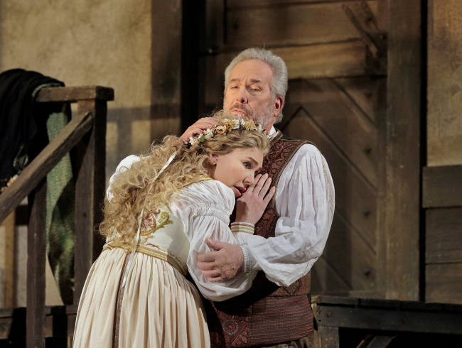 Annette Dasch as Eva and James Morris as Hans Sachs in Wagner's Die Meistersinger von Nürnberg. Photo: Ken Howard/Metropolitan Opera