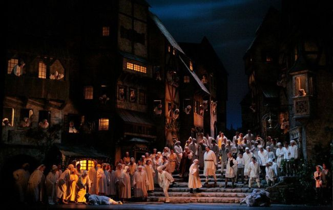 "Metropolitan Opera's ""Die MEISTERSINGER von Nürnberg"" by Richard Wagner, season 06-07 première March1-2007 Wagner's ""Die Meistersinger von Nürnberg.""  Photo: Beatriz Schiller/Metropolitan Opera"