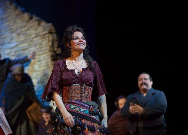 CARMEN Garanca as Carmen_1371
